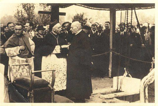Pret de Ratanà: Don Gervasini, il parroco guaritore di Milano