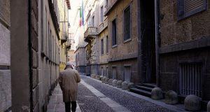 La Milano di Buzzati
