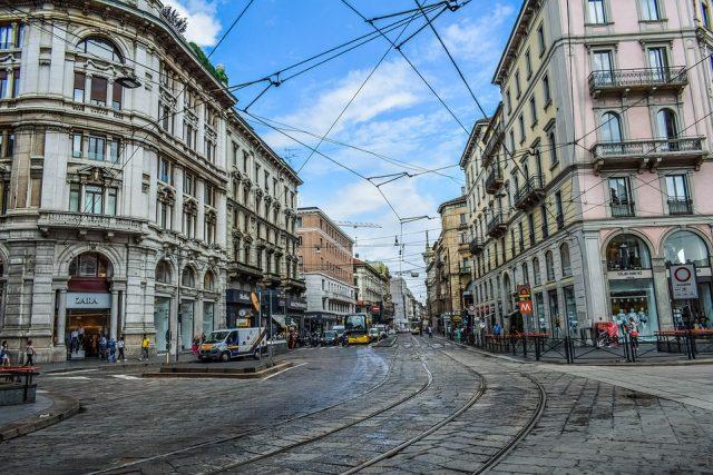 Via Roma a Milano
