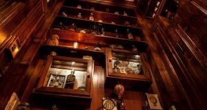 Milano, il bar più piccolo del mondo si trova lungo i Navigli!