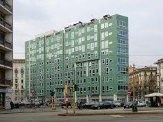 Milano, l'ex Palazzo INA: un progetto di luce riflessa tra le strade milanesi!