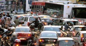 Milano ladro auto
