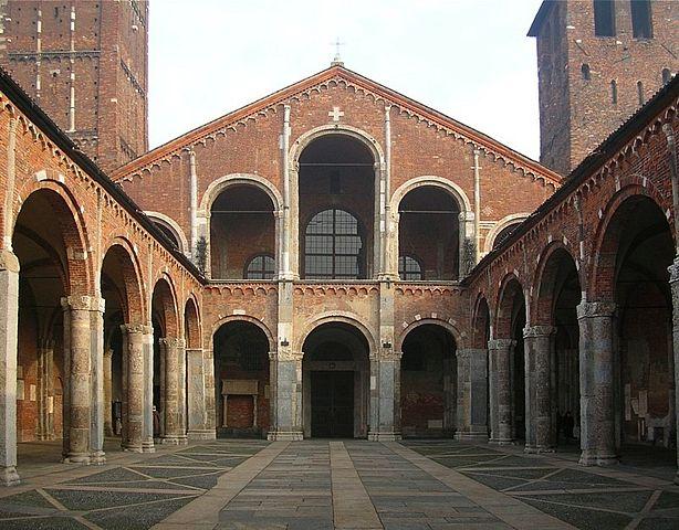 Colonna del diavolo di Sant'Ambrogio: il mistero delle corna