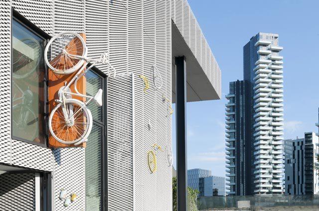 Milano, una lunga lista di ciclofficine è a disposizione dei ciclisti