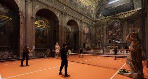 A Milano si può giocare a tennis in una chiesa!