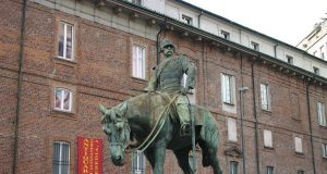 Arte e storia: censimento delle statue a Milano, solo figure maschili